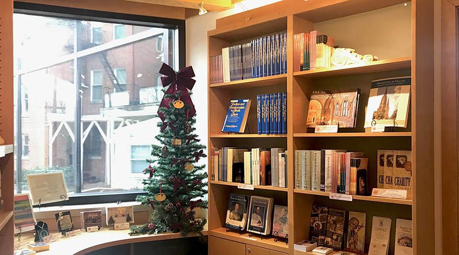 2-Gift Shop IMG_E9679